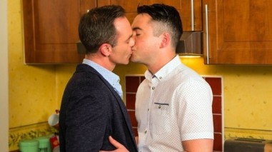 Billy and Todd kiss Coronation Street 8 July 2016