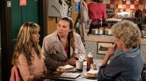 maria_is_questioned_by_the_police_coronation_street