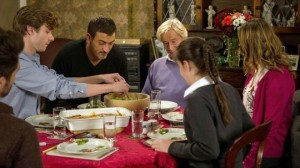 the-barlows-have-dinner-coronation-street
