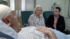 eileen-and-todd-by-phelans-bedside-coronation-street