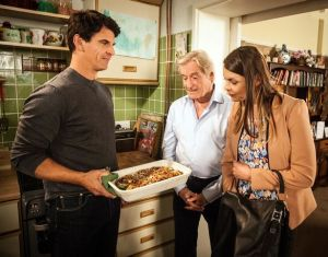 robert-cooks-for-ken-and-tracy-coronation-street
