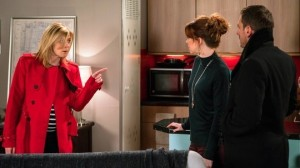 leanne-argues-with-toyah-and-peter-coronation-street